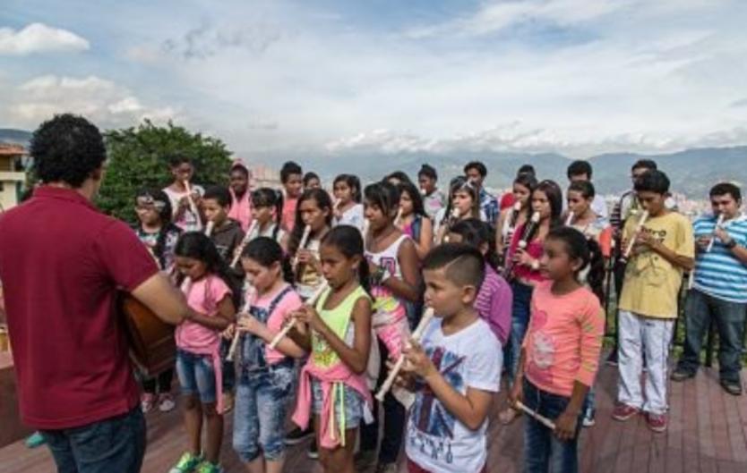 Niños del programa 'Música para la reconciliación'