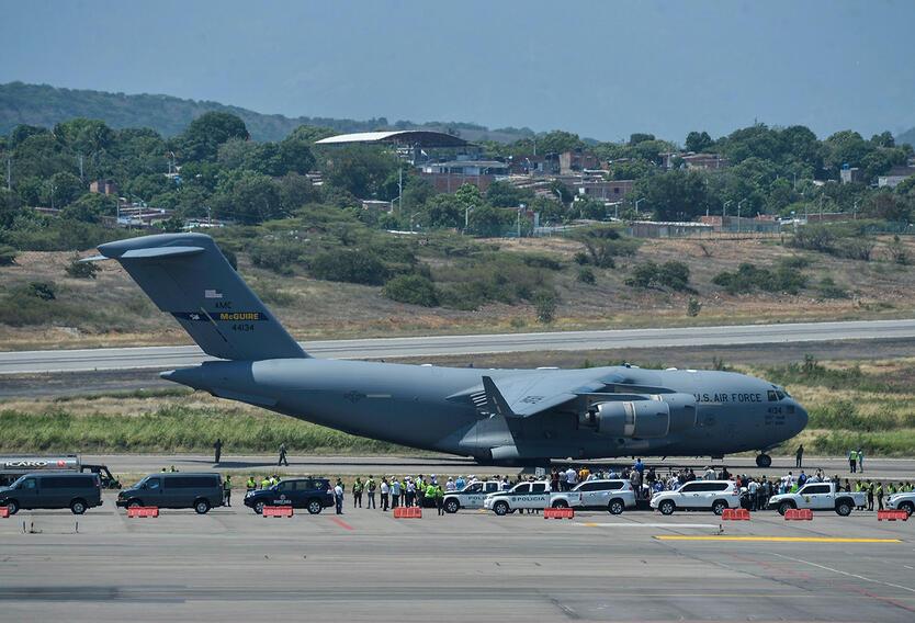 Un Air Force C-17 de Estados Unidos llegando con ayuda humanitaria a Cúcuta