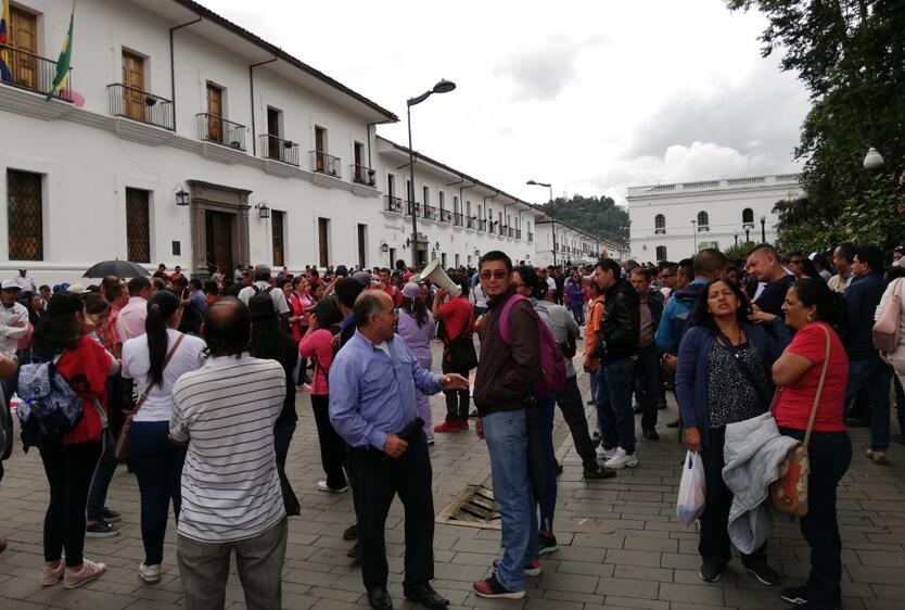 Campesinos y docentes Cauca