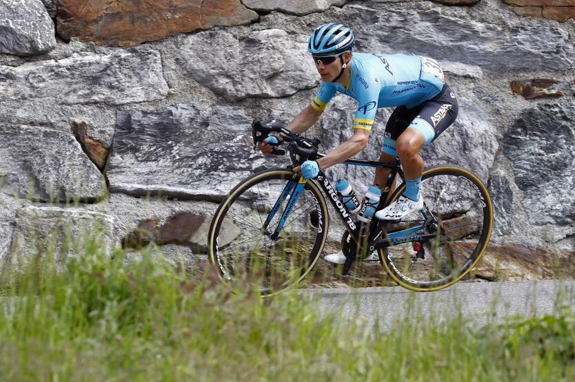 Miguel Angel Lopez en el Giro de Italia 2019