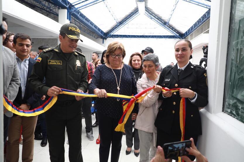 La ministra de Justicia inauguró obras de remodelación en la cárcel de Itagüí.