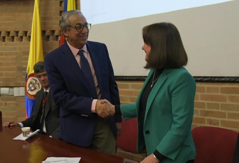 Firma de la alianza entre las dos entidades