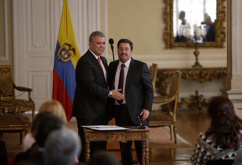 El presidente Iván Duque y Francisco Santos, embajador de Colombia en Estados Unidos, el 6 de septiembre de 2018 en Bogotá