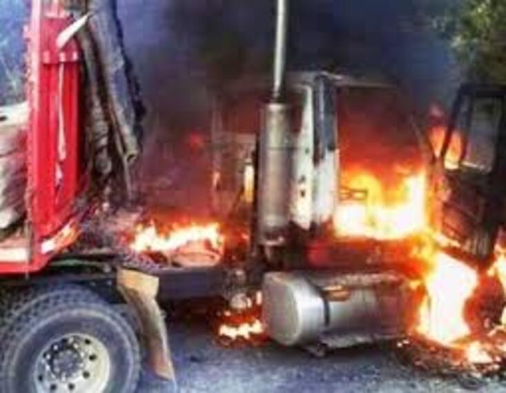 Camiones incinerados en el Catatumbo