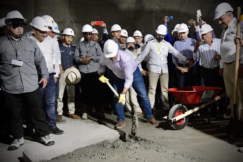 Presidente Iván Duque en el Túnel de la Línea