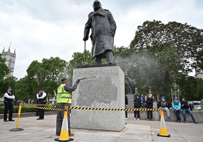Estatua de Winston Churchill en Londres