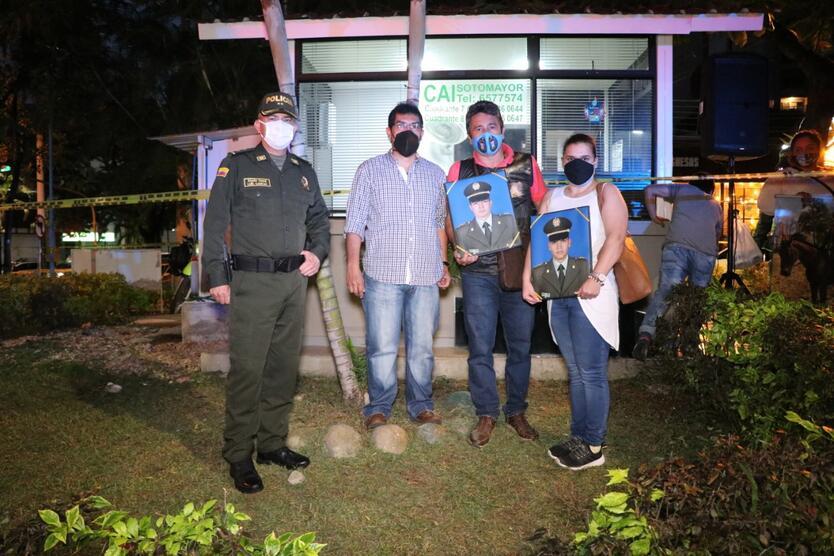 Se solidarizaron con la Policía de Bucaramanga