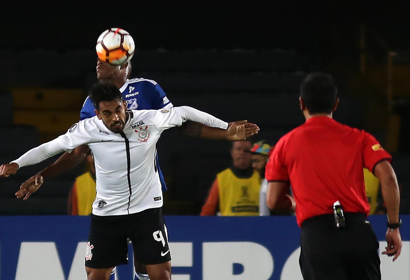 Millonarios empató con Corinthians