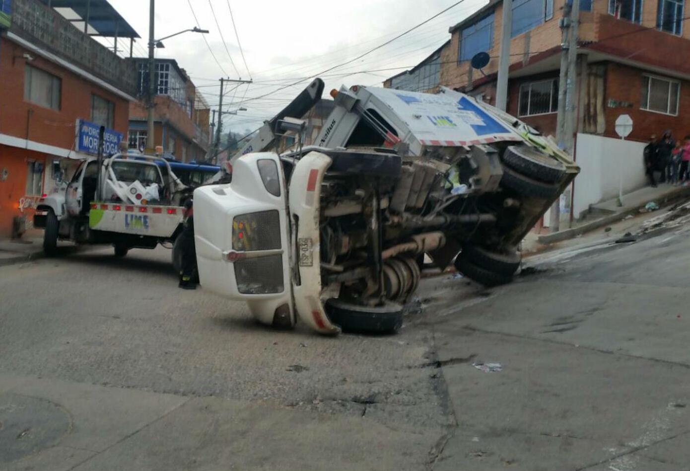 Accidente de camión de basura de Lime. en Bogotá