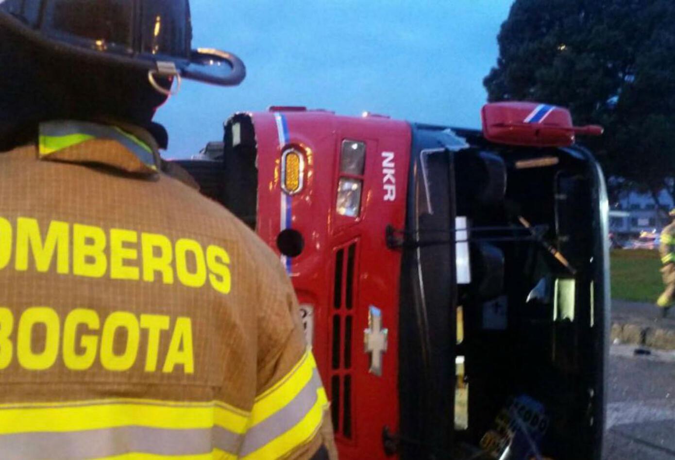 Accidente de bus del Sitp provisional en la Avenida Américas