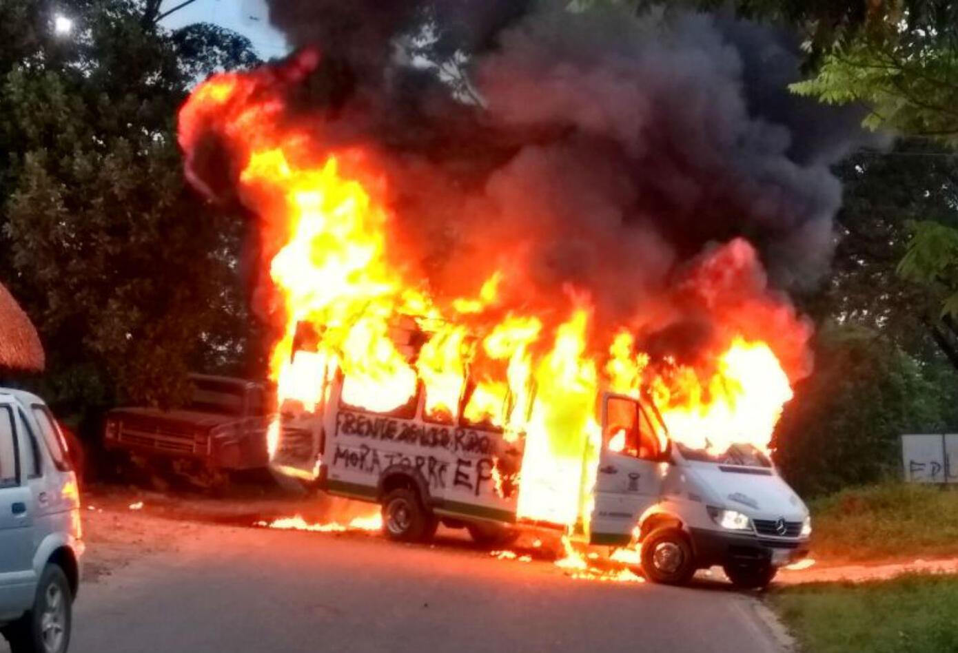 Bus quemado en Catatumbo