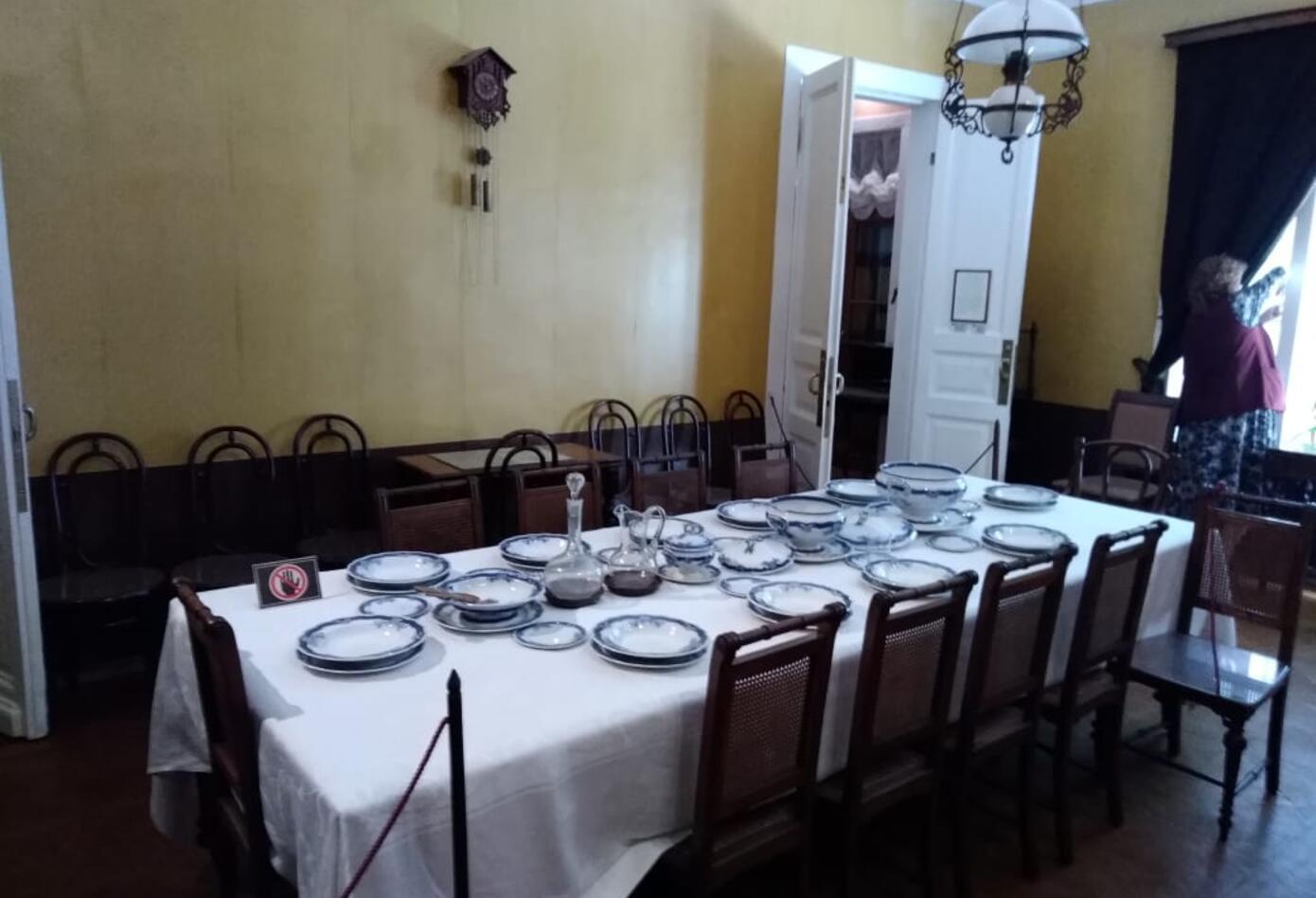 El comedor familiar, en la casa de León Tolstoi.
