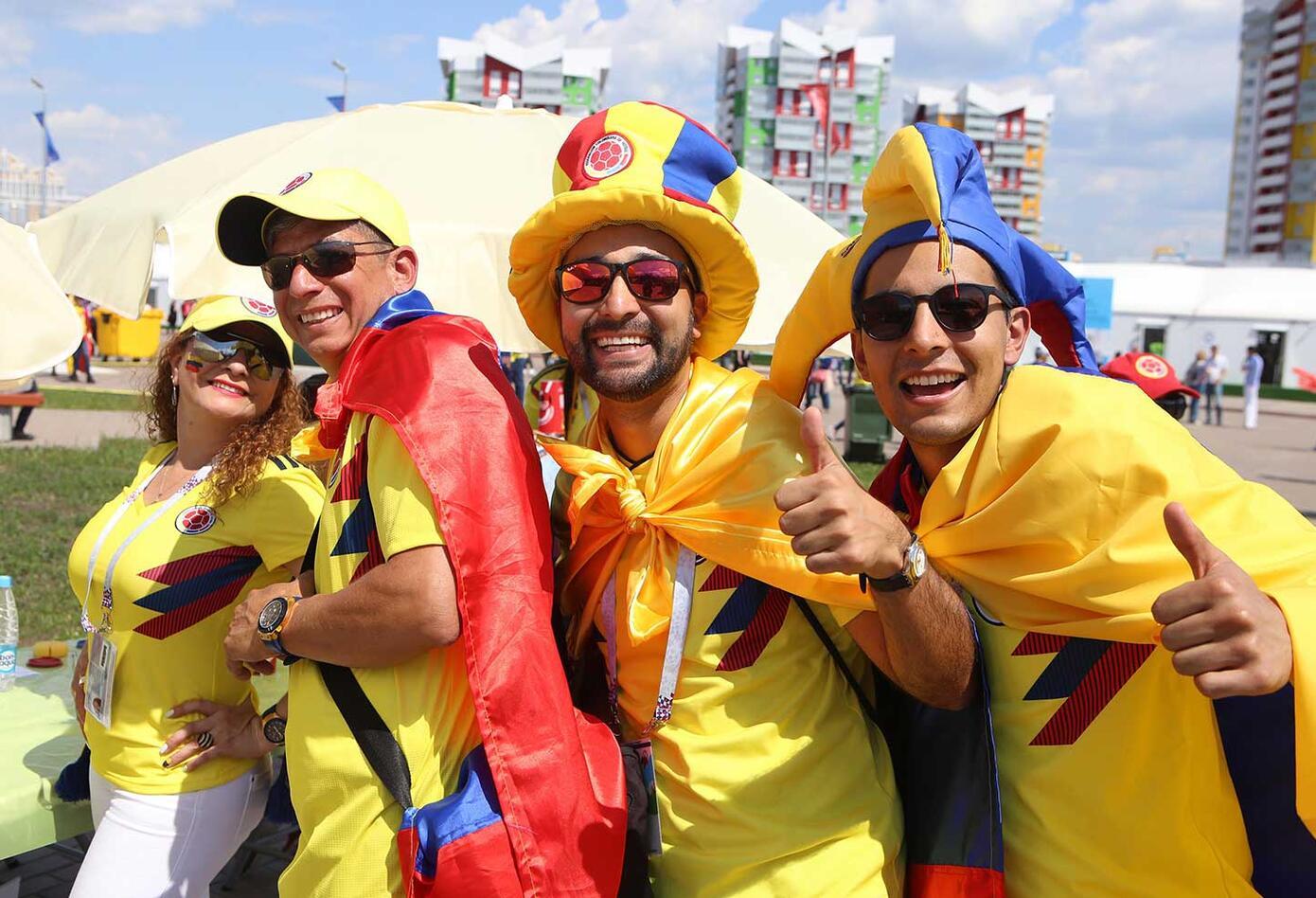 Colombianos acompañan a la Selección Colombia