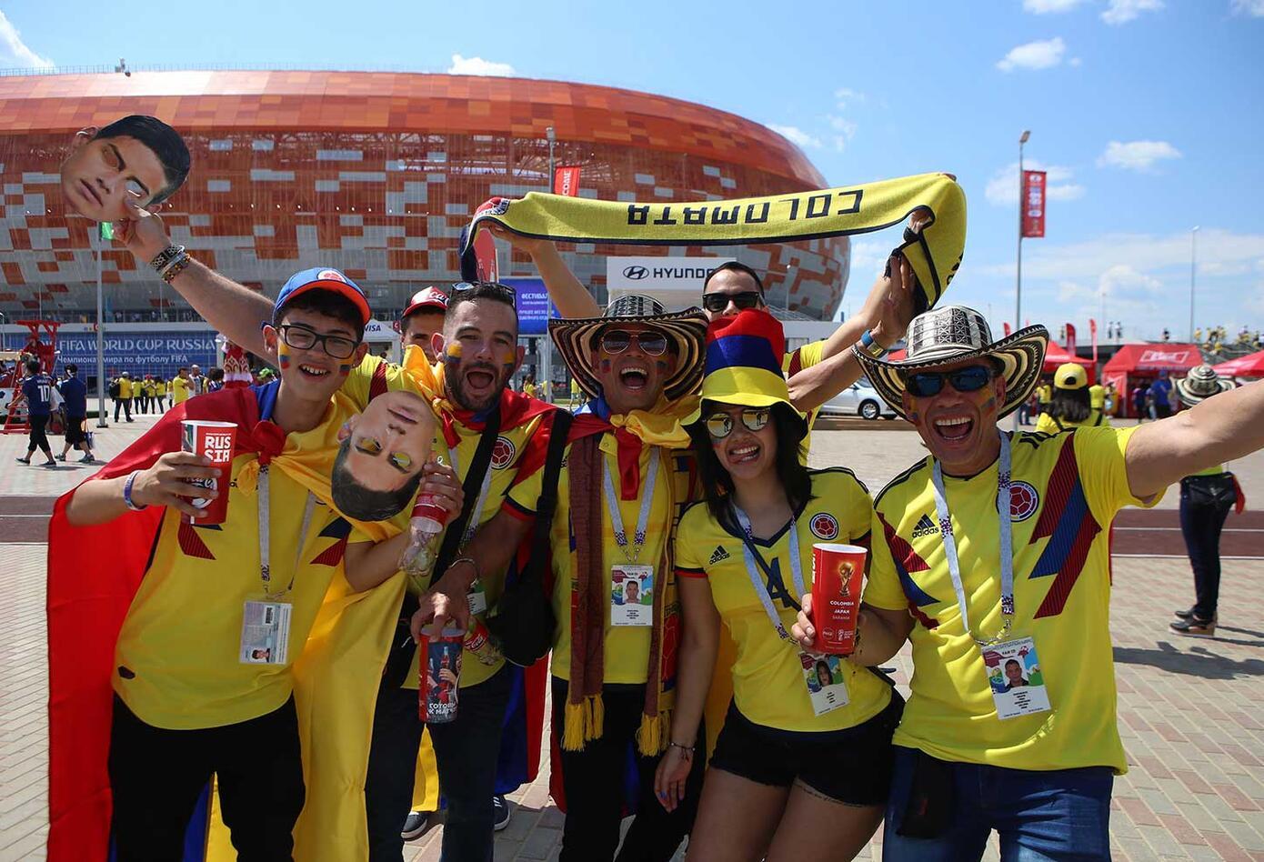 Colombianos acompañan a la Selección Colombia en Saranks