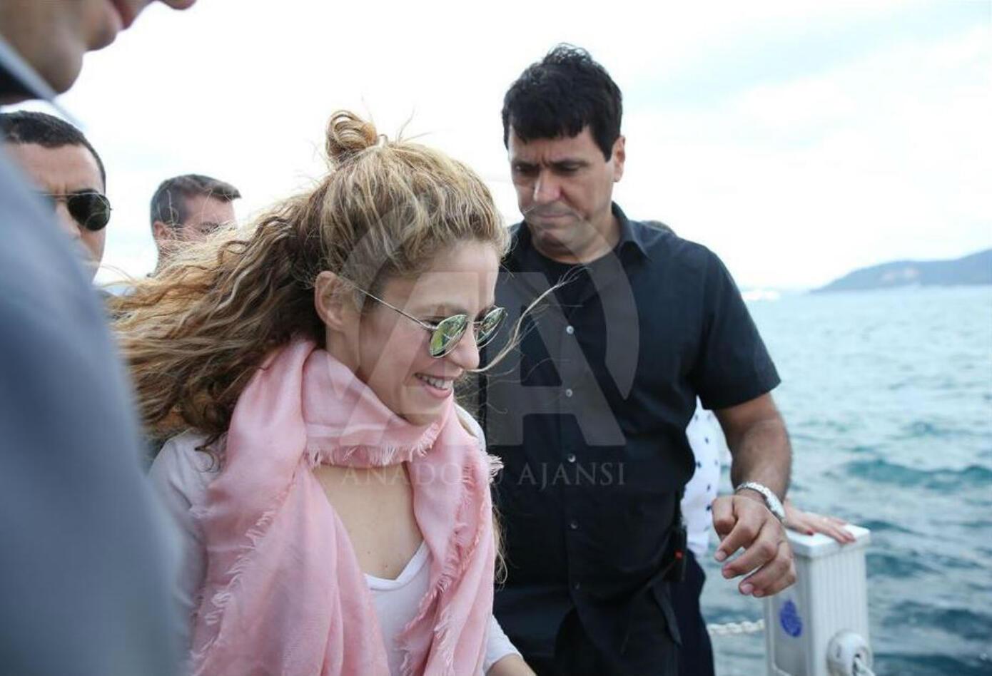 Shakira paseó en Estambul
