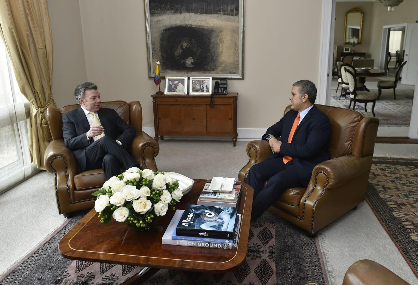 Juan Manuel Santos e Iván Duque, en orillas políticas radicalmente opuestas