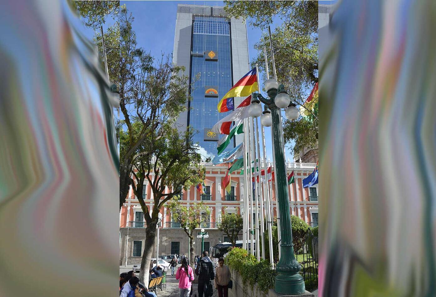Bolivia estrena nuevo edificio de gobierno