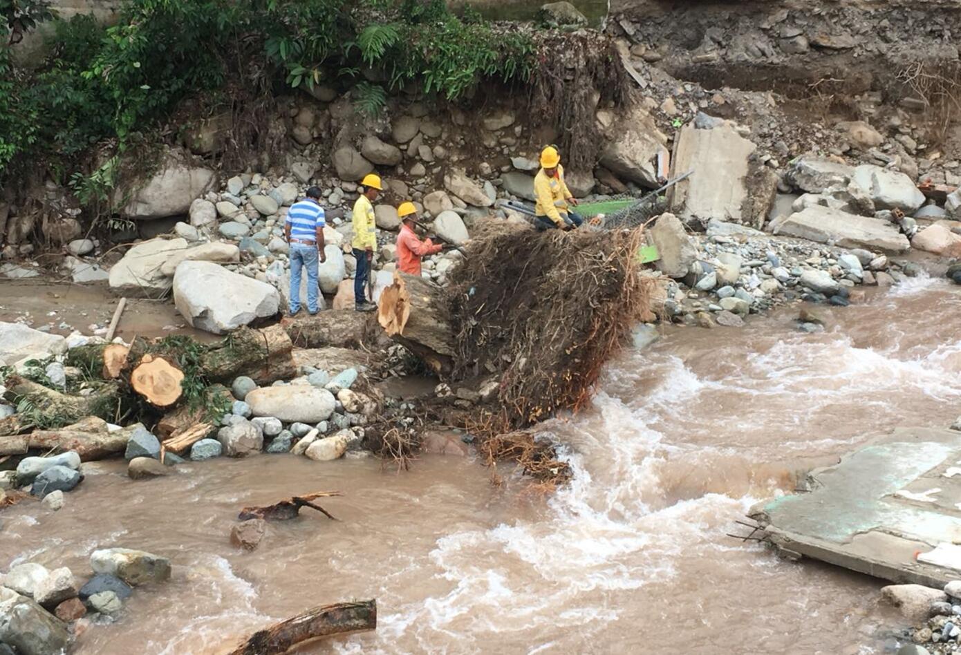 Mocoa: Desolación tras la avalancha 4