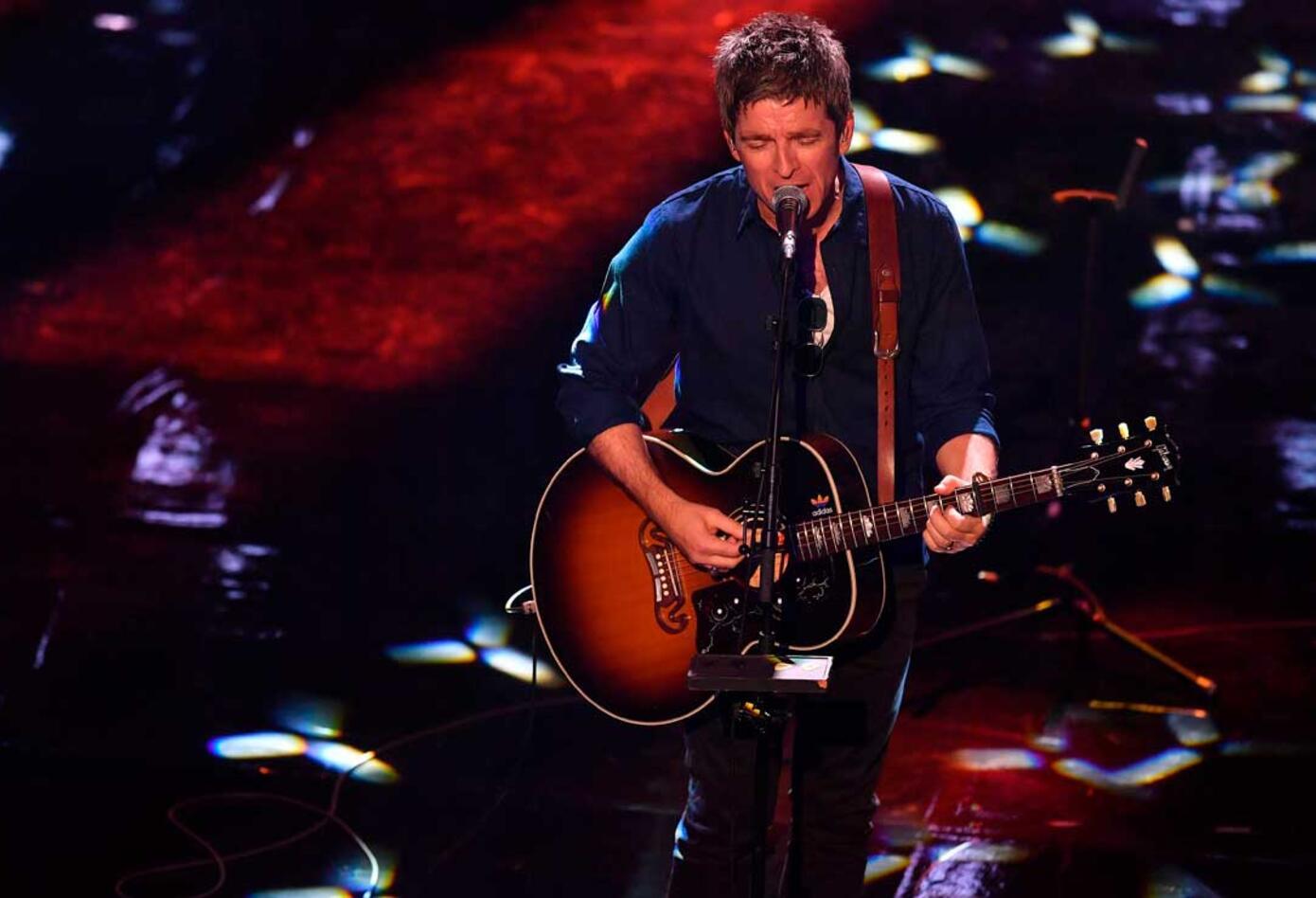 El cantante británico Noel Gallagher animó el show principal en la la gala de los premios The Best organizada por la FIFA