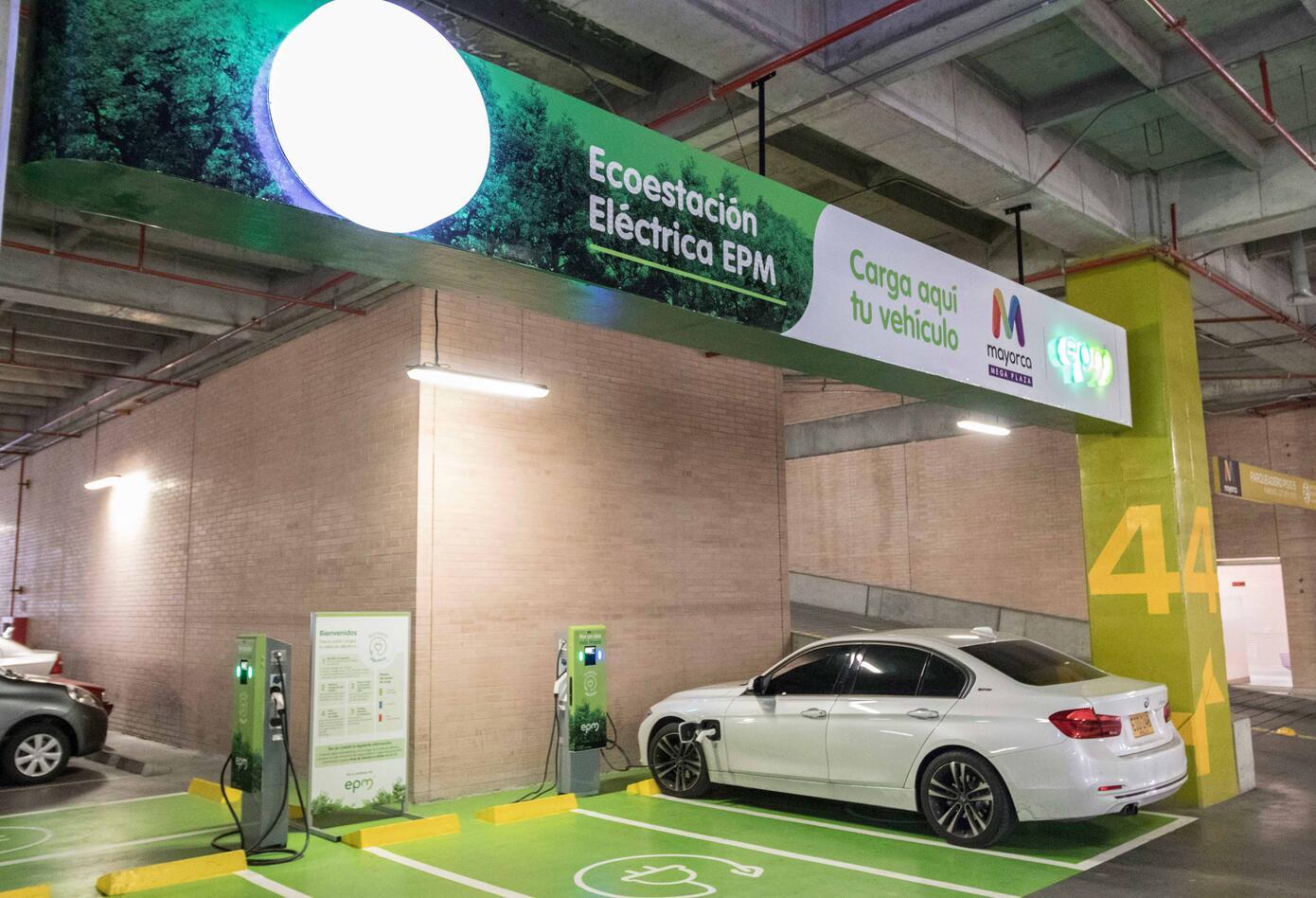 Las estaciones eléctricas que EPM estrenó en el Distrito de Negocios Milla de Oro, en el barrio El Poblado
