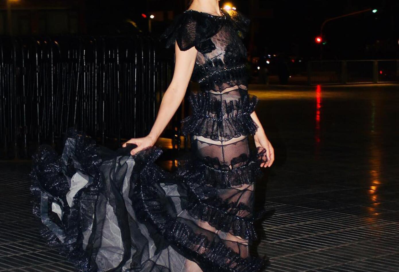 Su carrera empezó con el modelaje cuando apenas tenía 10 años de la mano del reconocido diseñador colombiano Ángel Yáñez.