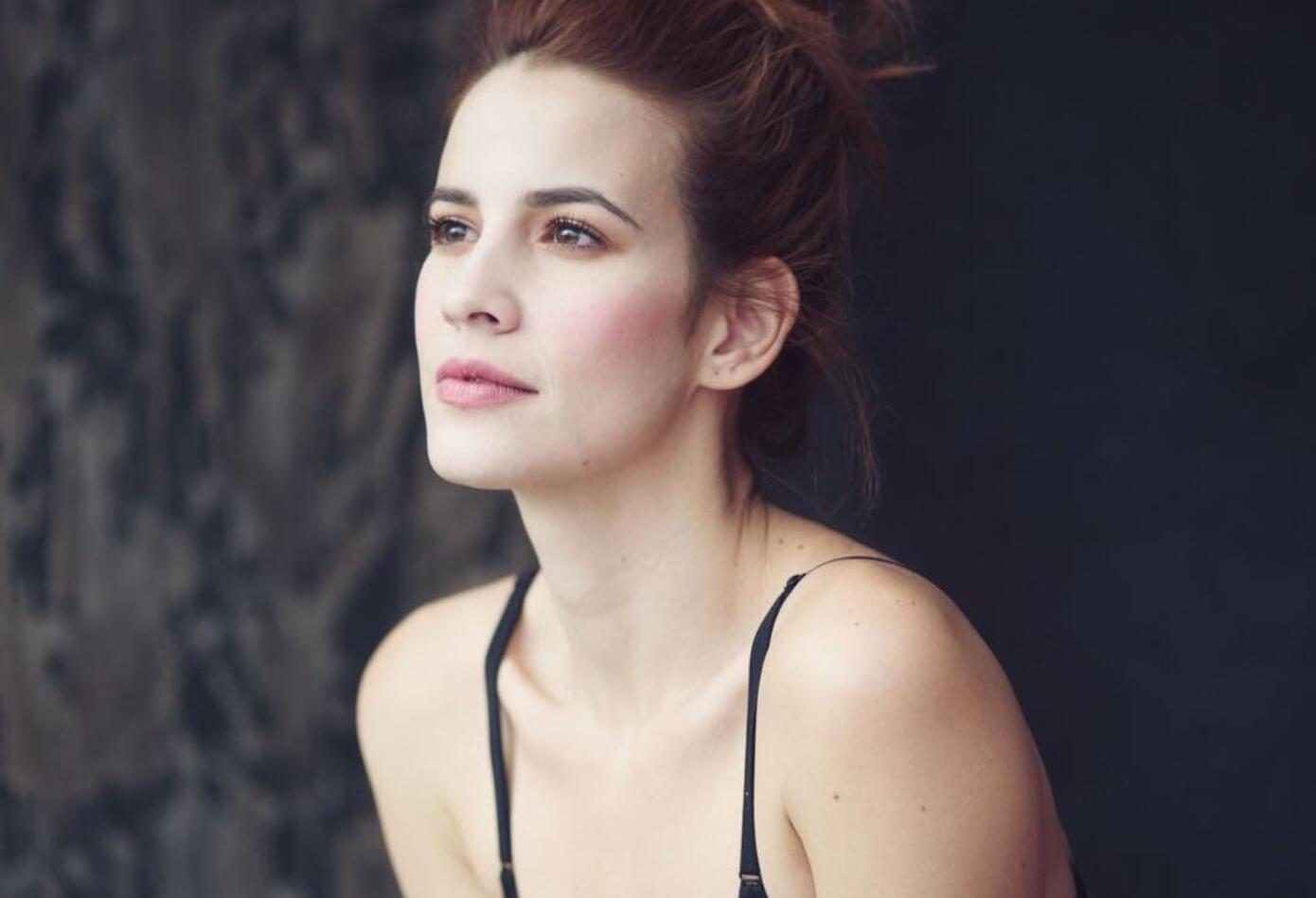 En Nueva York pasó a estudiar durante tres años actuación con la ex virreina universal de la belleza Taliana, quien también es actriz.