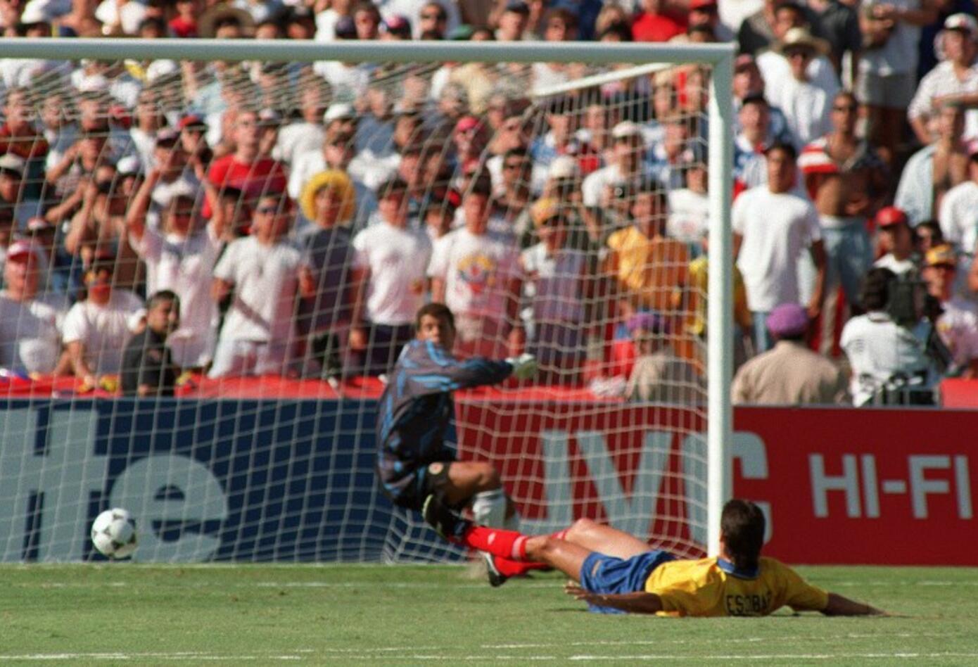 Autogol de Andrés Escobar en el mundial de 1994 ante Estados Unidos