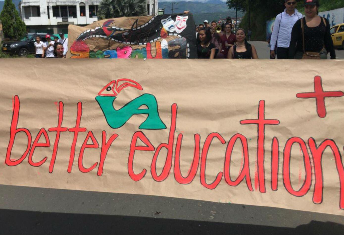 Marcha estudiantil en Florencia
