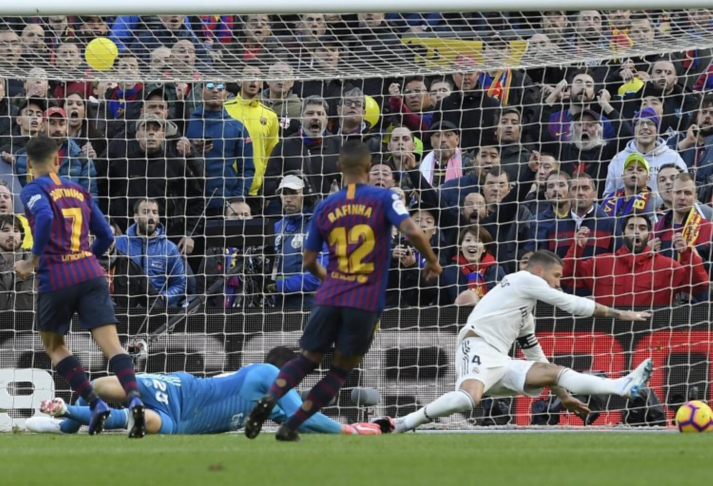 Phillipe Coutinho, autor del primer gol del Barcelona ante Real Madrid