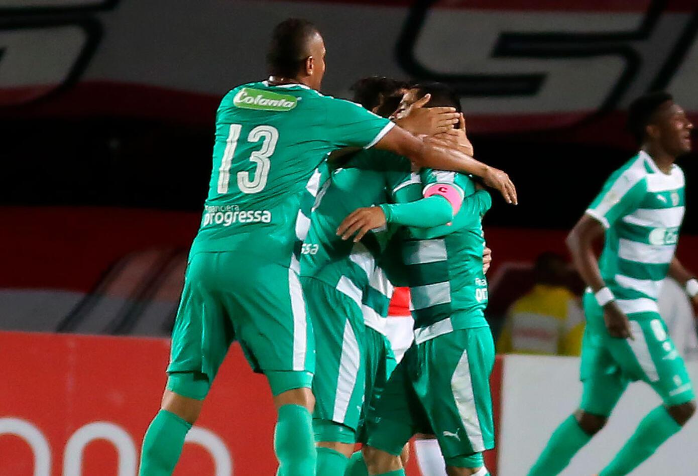 Equidad celebrando el gol de la victoria ante Independiente Santa Fe
