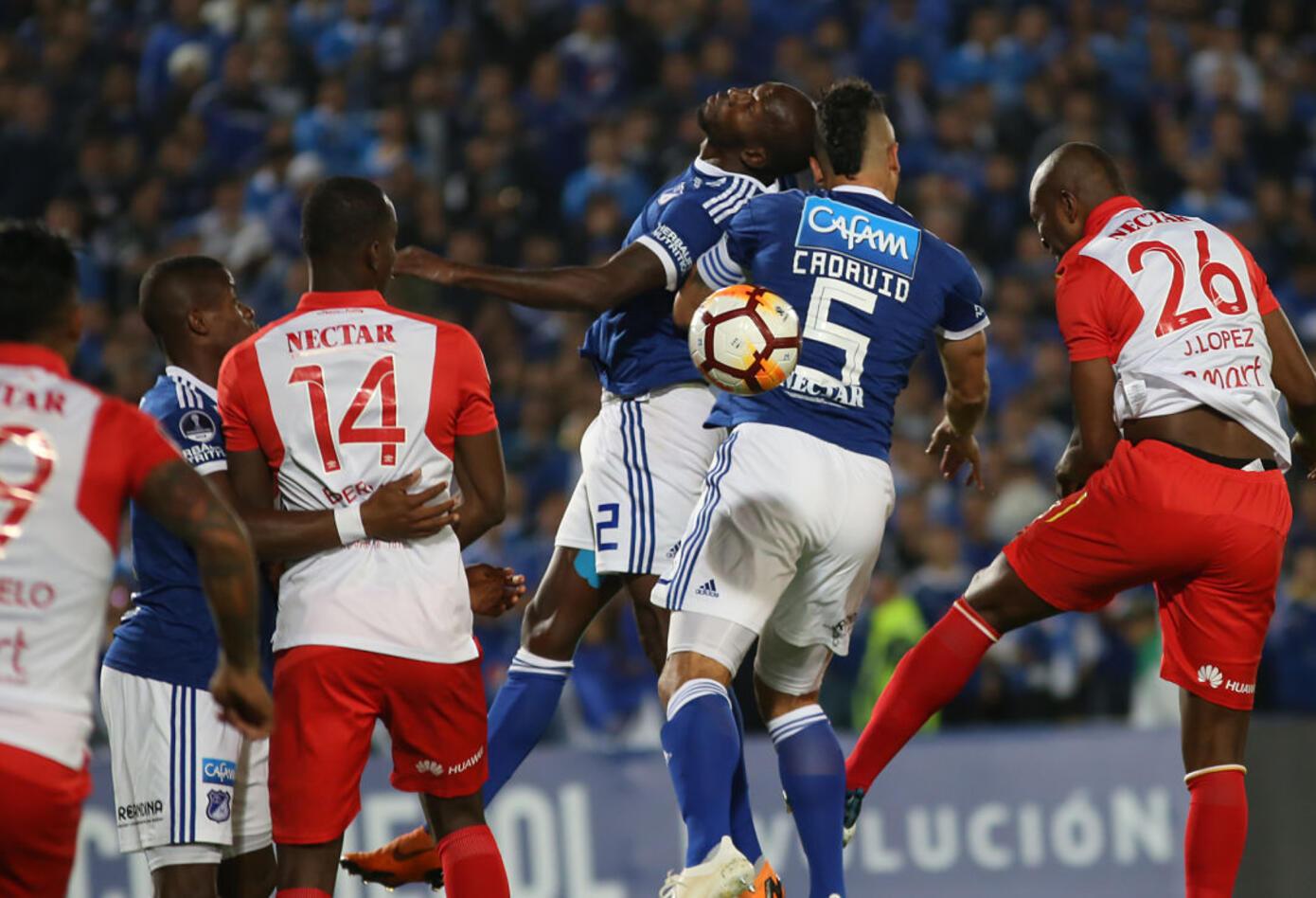 Millonarios hizo de local ante Santa Fe en el partido de vuelta · Copa Sudamericana 2018