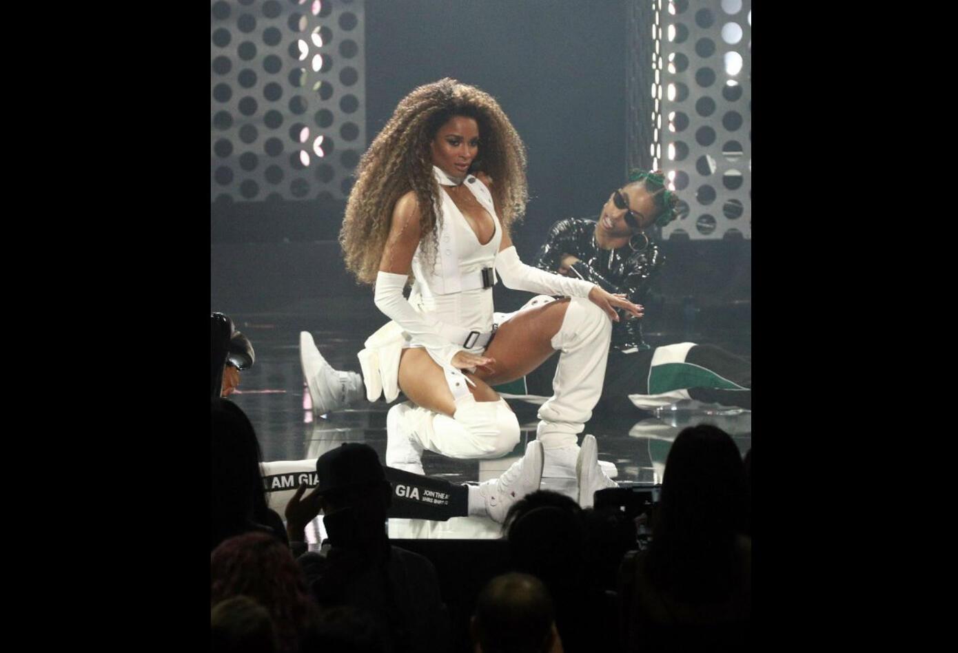 Ciara en los American Music Awards