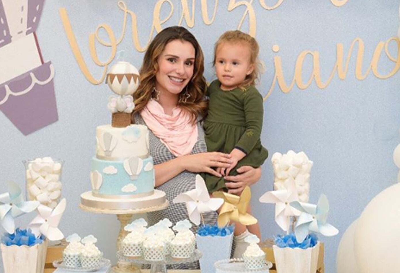 María Clara Rodríguez es madre de Matilde y de los recién nacidos Luciano y Lorenzo. La youtuber se ha dedicado a realizar videos contando las experiencias de ser madre.