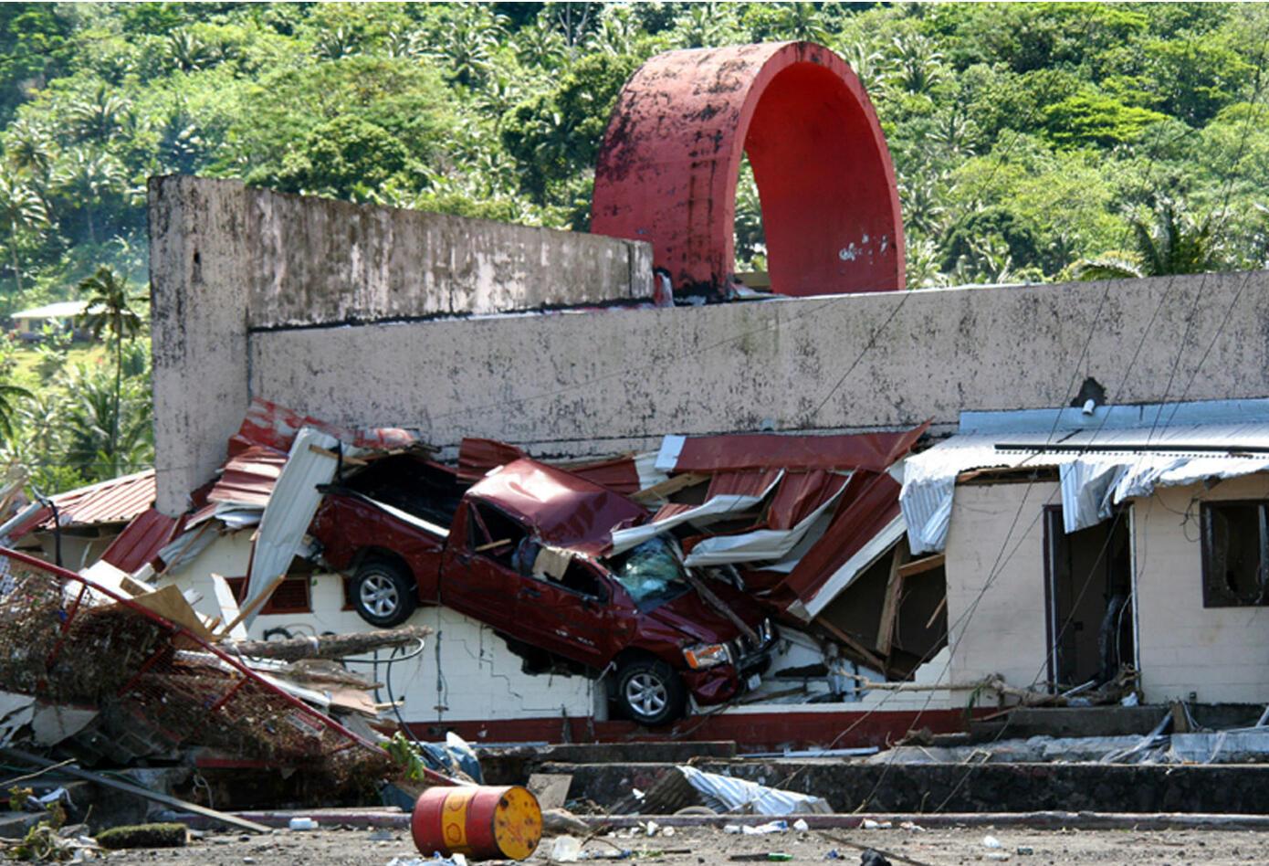Terremoto y tsunami en las Islas de Samoa.
