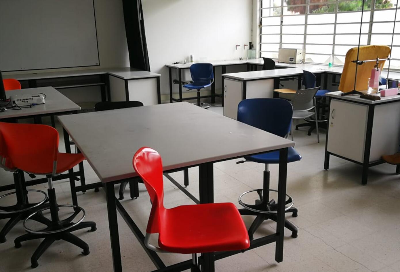 Laboratorio de Física, Universidad Nacional