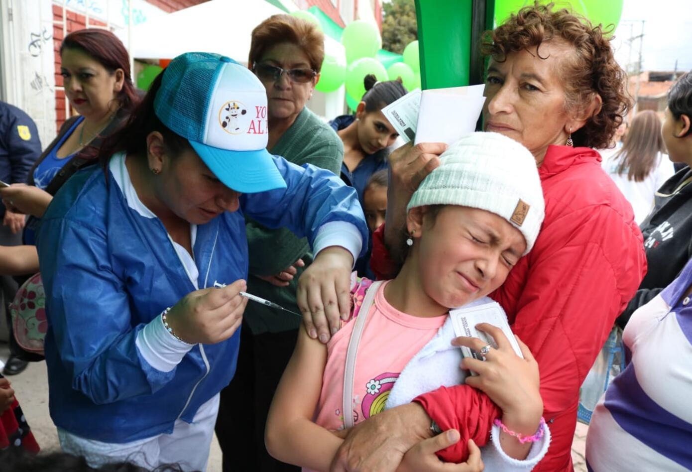 Los padres deben llevar a sus hijos a los puntos de vacunación.