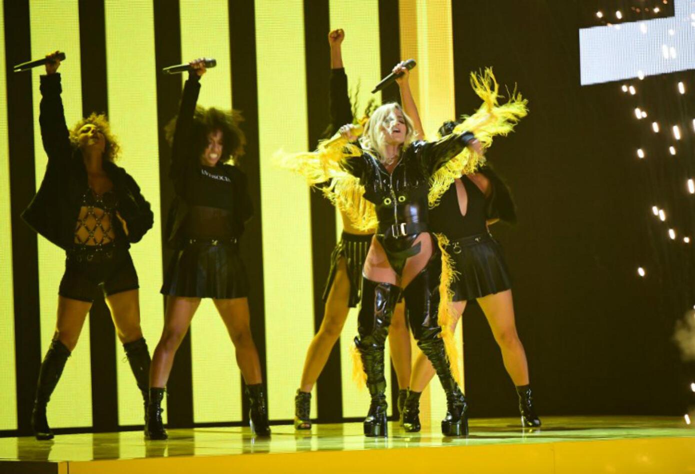 Karol G en los Grammy Latino