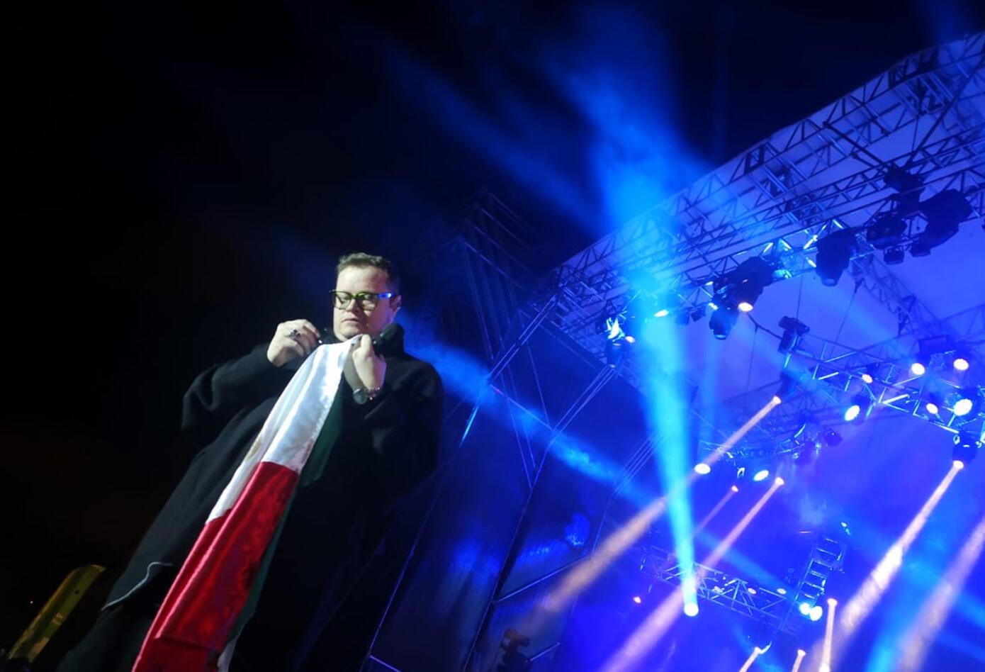 Los cantantes ofrecieron un show muy cercano con los asistentes.