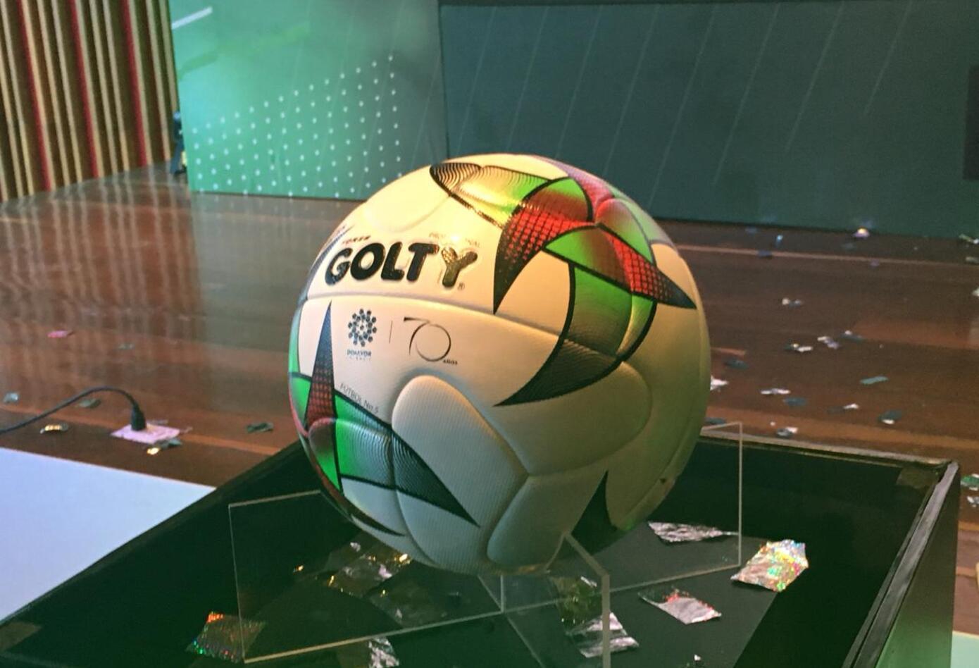 La Liga Águila presentó su balón para la temporada 2019 084310fb2260a