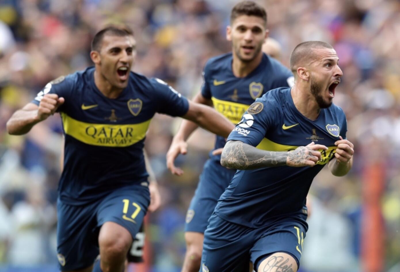 Antes de terminar la primera mitad, Boca sacó diferencia con un cabezazo de Benedetto.