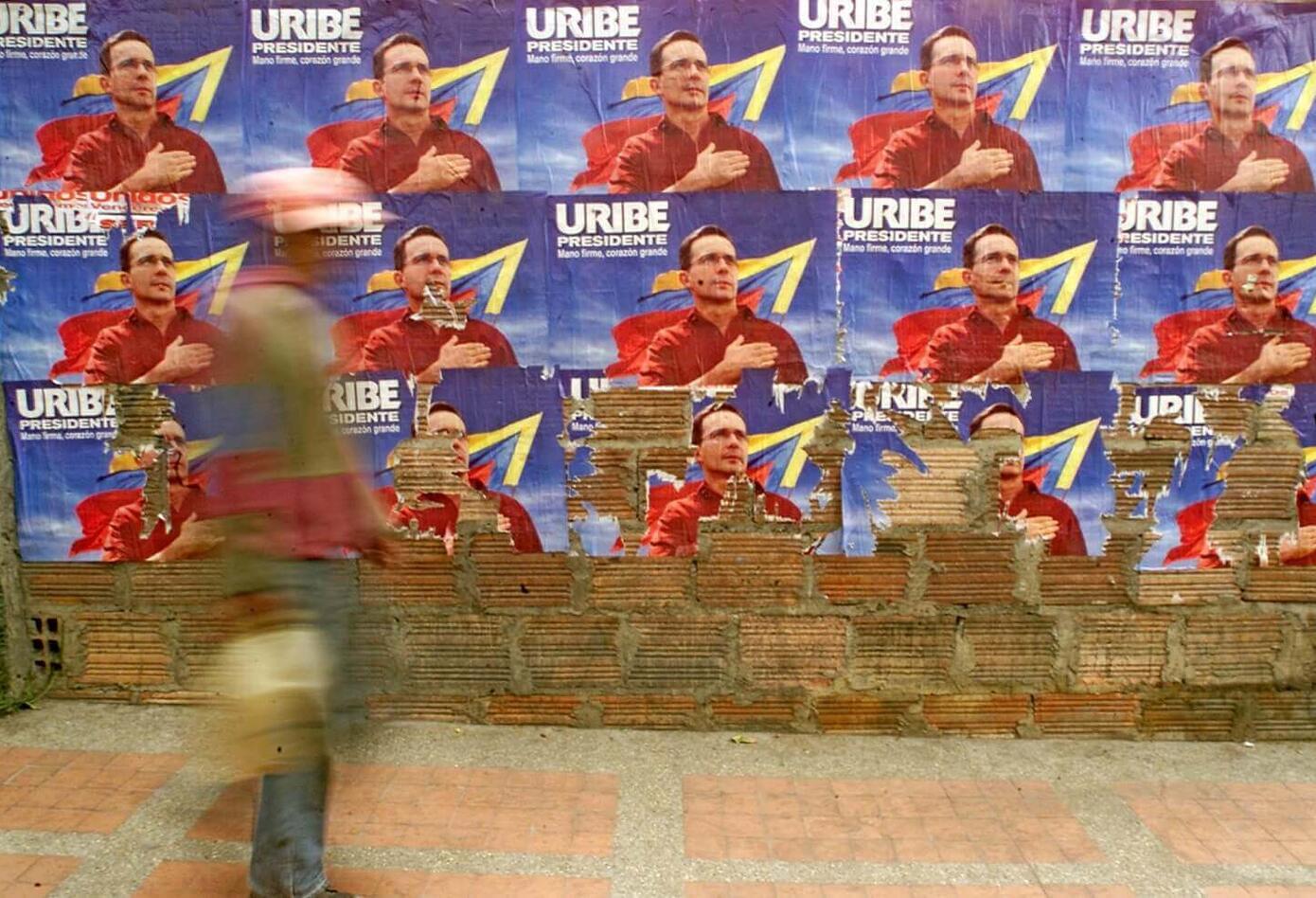 campaña de Uribe en 2002