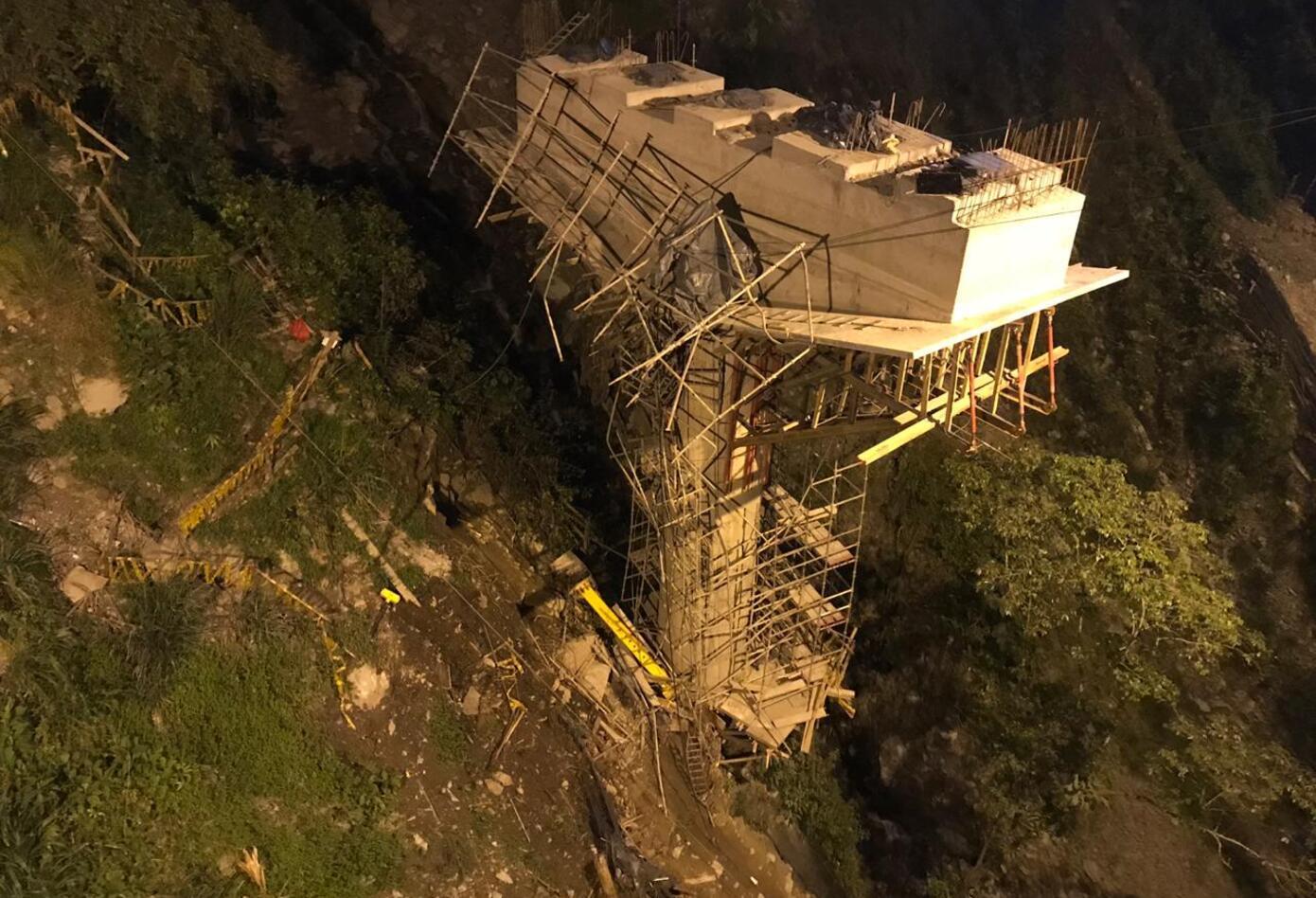El nuevo accidente en la Vía al Llano dejo 5 personas muertas.
