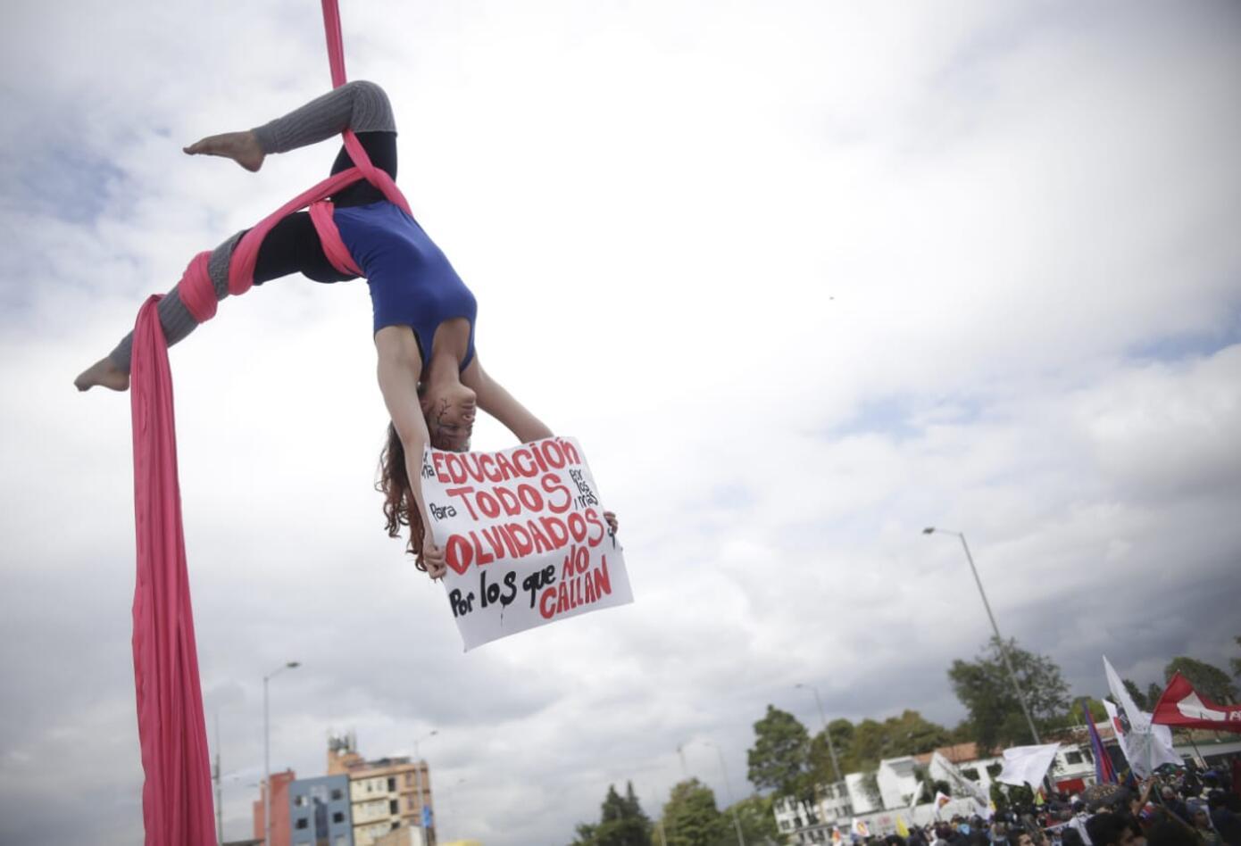 Marchas de los estudiantes universitarios en Bogotá 1