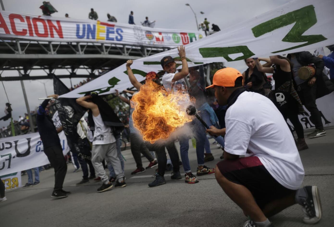 Marchas de los estudiantes universitarios en Bogotá 3