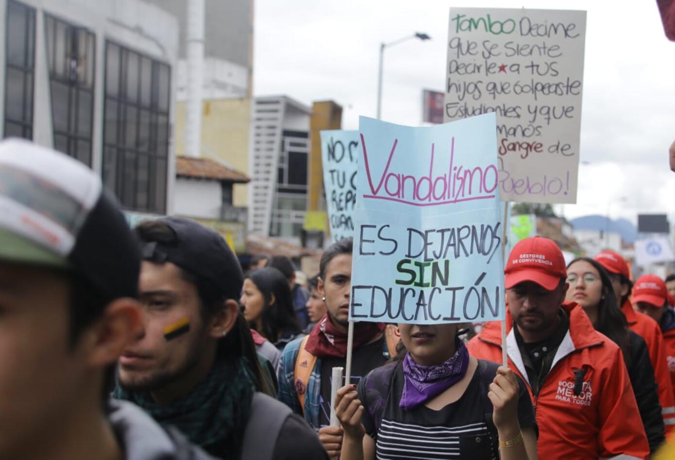 Marchas de los estudiantes universitarios en Bogotá 8