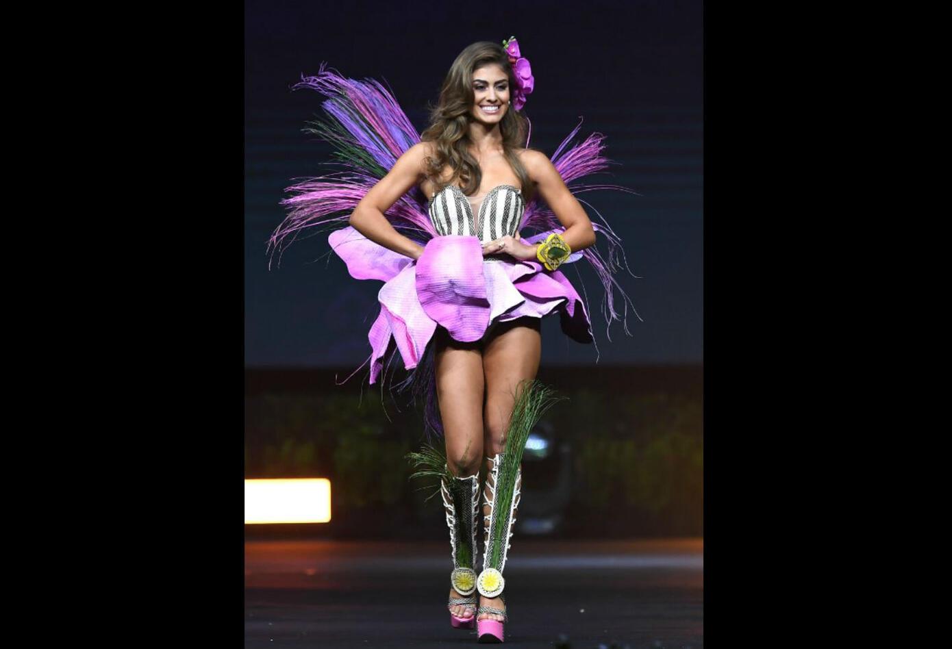 El diseño del traje de Valeria Morales, Miss Colombia 2018, es inspirado en la orquídea.