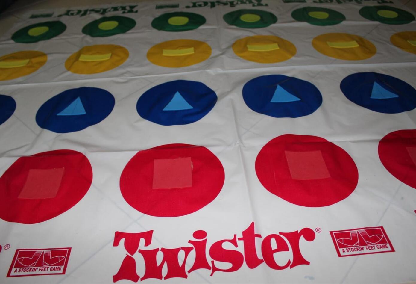 juego de Twister para personas ciegas