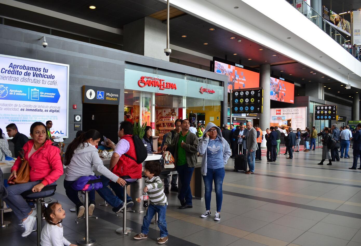 Interior aeropuerto El Dorado