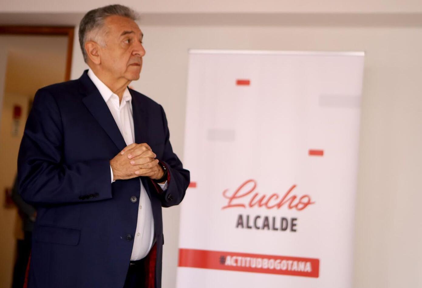 En rueda de prensa este miércoles, Lucho Garzón anunció oficialmente su candidatura a la Alcaldía de Bogotá por el movimiento 'Actitud Bogotana'.