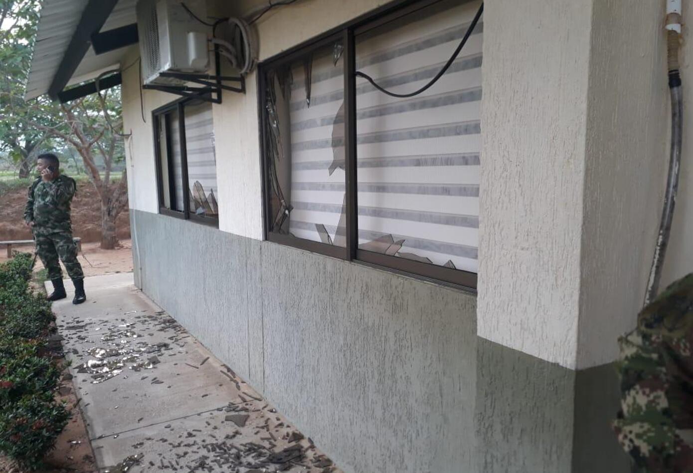 Así quedaron las oficinas del batallón en Tame - Arauca, tras el atentado